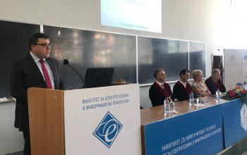 Д-р Драган Миновски им се обрати на новите студенти на ФЕИТ на првиот академски час