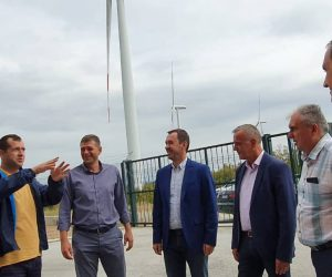 Ковачевски во Богданци: Ветерниот парк ќе се проширува со поголеми и помоќни турбини